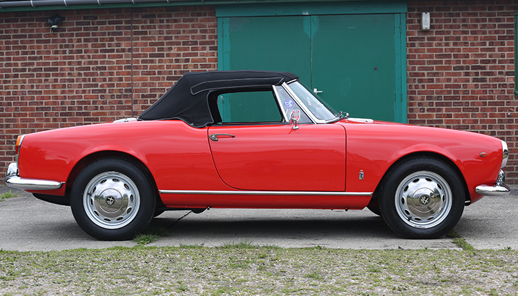 1965 Type 1 Giulia Spider